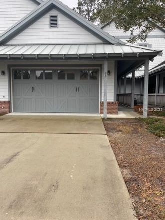 Rent this 3 bed house on Augustine Rd in Bluffton, SC