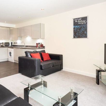 Rent this 2 bed apartment on Groves Chapel in Union Terrace, York YO31 7ES