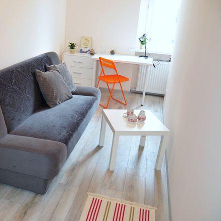 Rent this 5 bed room on Maksymiliana Piotrowskiego in Bydgoszcz, Poland