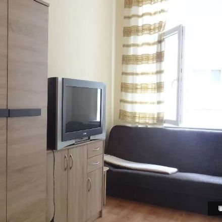Rent this 5 bed room on plac Ratajskiego in 61-714 Poznań, Polonia