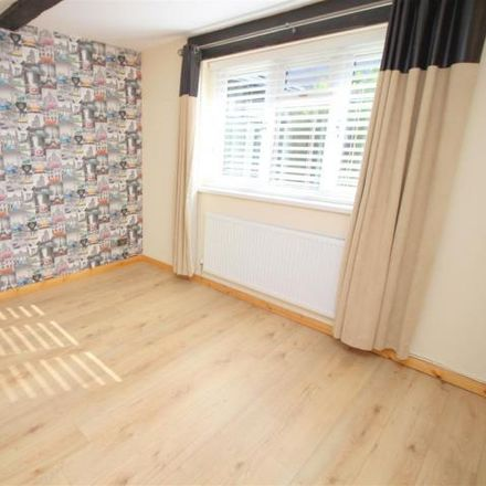 Rent this 5 bed house on Crown Road in Kenfig Hill, CF33 6AJ
