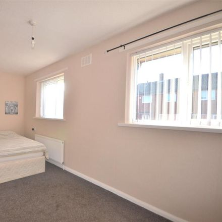 Rent this 2 bed house on Gateshead NE10 8ND