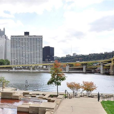 Rent this 1 bed condo on Gateway Towers in 320 Fort Duquesne Boulevard, Pittsburgh
