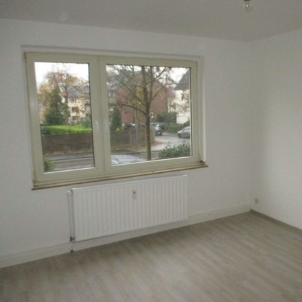 Rent this 3 bed apartment on Hegelstraße 23 in 40882 Ratingen, Germany