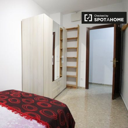 Rent this 2 bed apartment on plaça de Joaquim Torrents i Lladó in 08915 Badalona, Spain