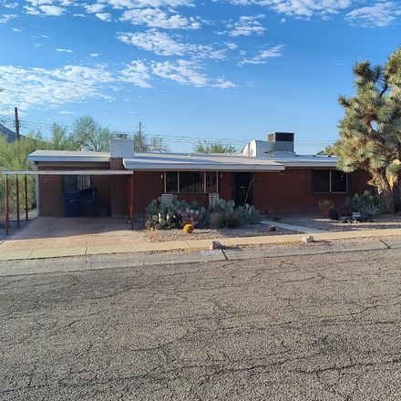 Rent this 2 bed house on 2031 West Calle Placida in Tucson, AZ 85745