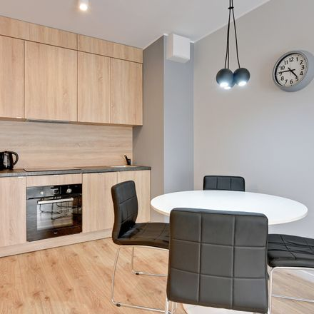 Rent this 2 bed apartment on Chmielna 63 in 80-761 Gdańsk, Polska