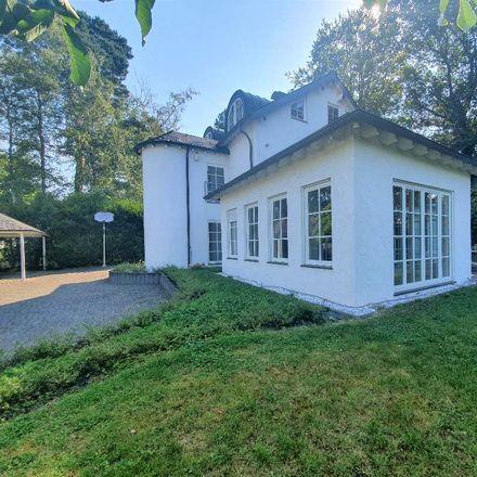 Rent this 4 bed duplex on Zaunkönigweg 1 in 51467 Bergisch Gladbach, Germany