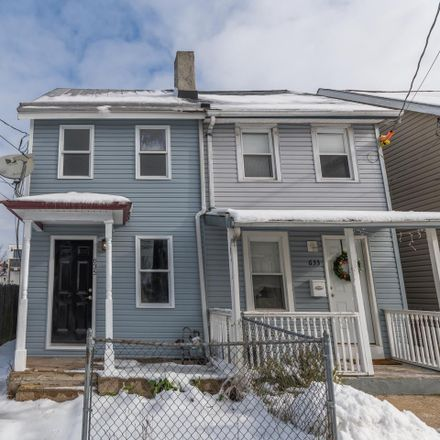 Rent this 3 bed townhouse on 635 Spruce Street in Bristol, PA 19007