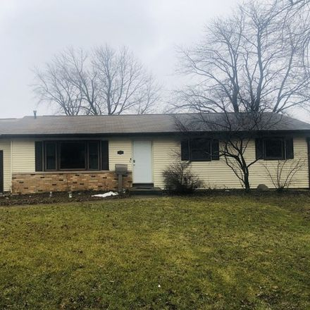 Rent this 3 bed house on 310 North 3rd Avenue in Chenoa, IL 61726