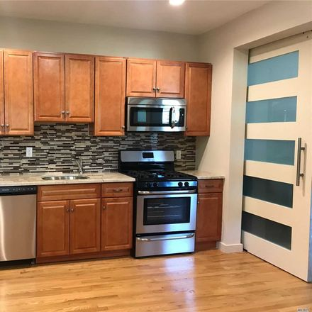 Rent this 3 bed house on 42 Greene Avenue in Amityville, NY 11701