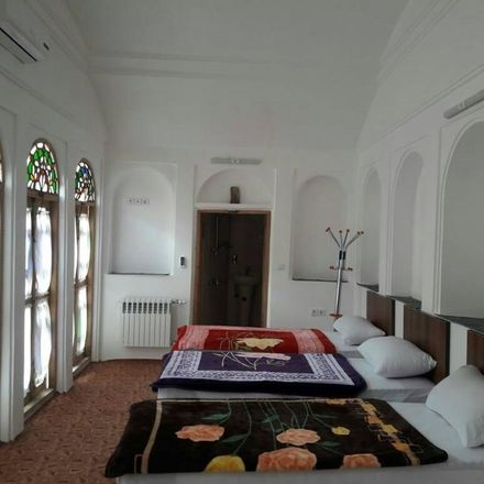 Rent this 6 bed house on Yazd in lab khandagh, FARS