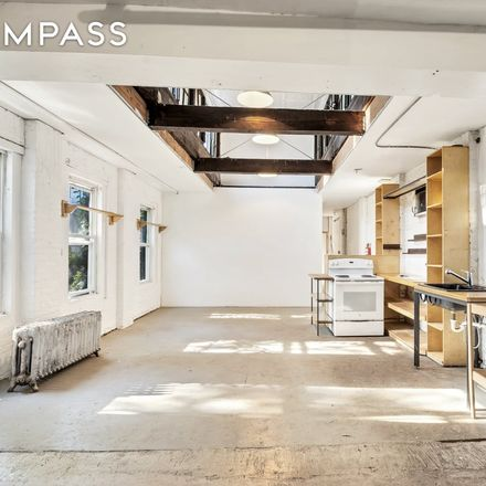 Rent this 4 bed townhouse on 252 Van Brunt Street in New York, NY 11231