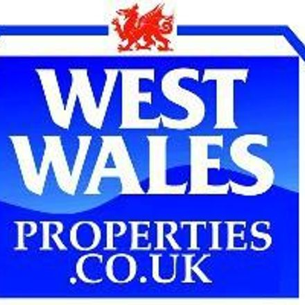 Rent this 2 bed apartment on Goat Street in Haverfordwest SA61 1PX, United Kingdom