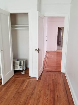 Rent this 4 bed apartment on 42-33 28th St in Long Island City, NY 11101