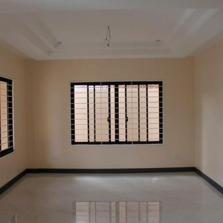 Rent this 5 bed house on Lebanon in Parañaque, 1711