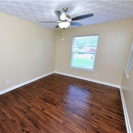 Rent this 3 bed house on 614 Laurel Street in Lancaster, TX 75134