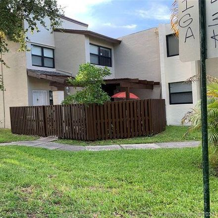 Rent this 2 bed condo on Fountainbleau