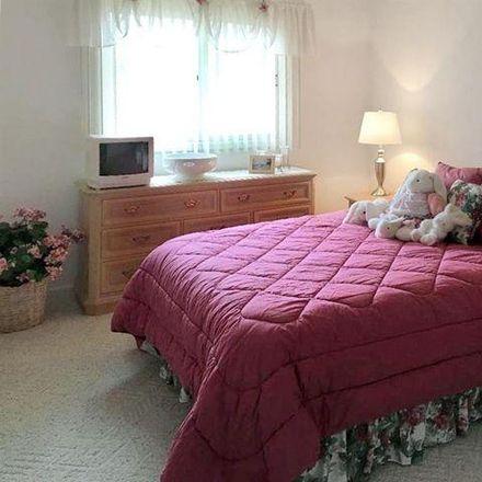 Rent this 3 bed condo on 43629 Wendingo Court in Novi, MI 48375