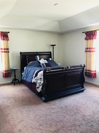 Rent this 4 bed loft on Lake St Louis Blvd in Lake Saint Louis, MO