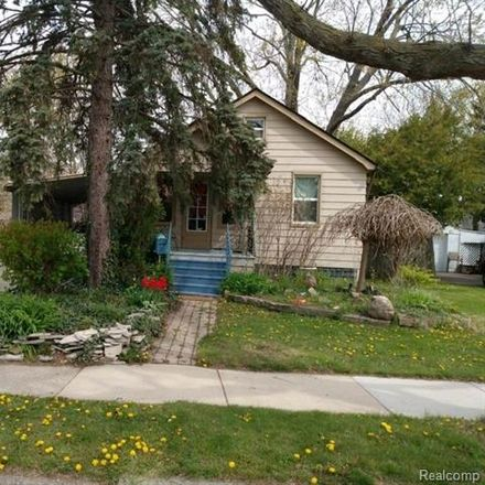 Rent this 2 bed house on 15565 Evergreen Avenue in Eastpointe, MI 48021