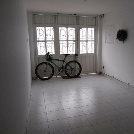 Rent this 3 bed apartment on El Empalador in Calle 73, Engativá
