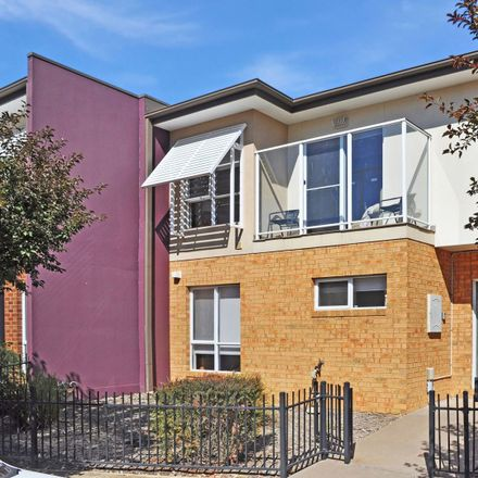 Rent this 4 bed townhouse on 8 Salamander Tce