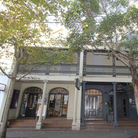 Rent this 1 bed apartment on 1/116-118 Darlinghurst Rd