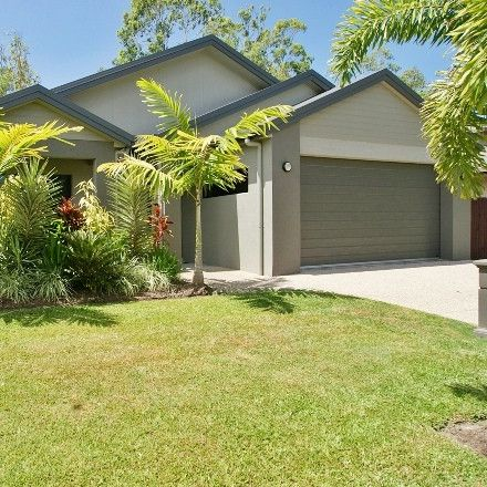 Rent this 4 bed house on 10 Yamba Close