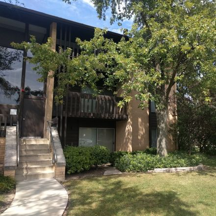Rent this 1 bed townhouse on Willowbrook in IL, US