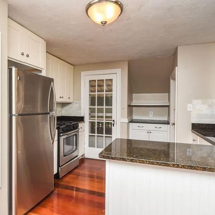 Rent this 3 bed apartment on 7 Hilltop Road in Watertown, MA 02472