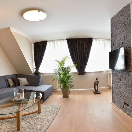 Rent this 2 bed apartment on Nietzschestraße 27 in 28201 Bremen, Germany