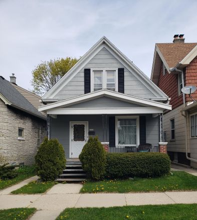 Rent this 3 bed house on 3526 East Plankinton Avenue in Cudahy, WI 53110