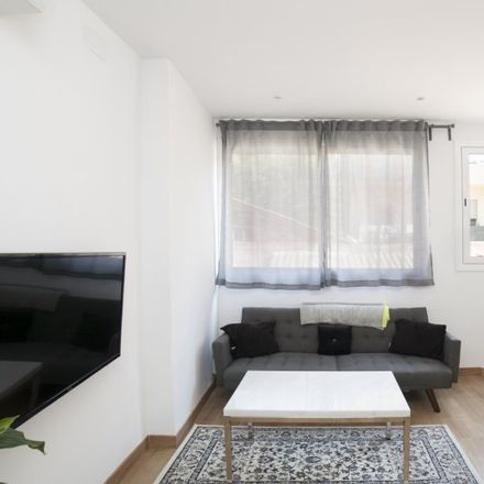 Rent this 2 bed apartment on Carrer de Ramon Turró in 159, 08005 Barcelona