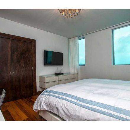 Rent this 2 bed condo on Miami Beach