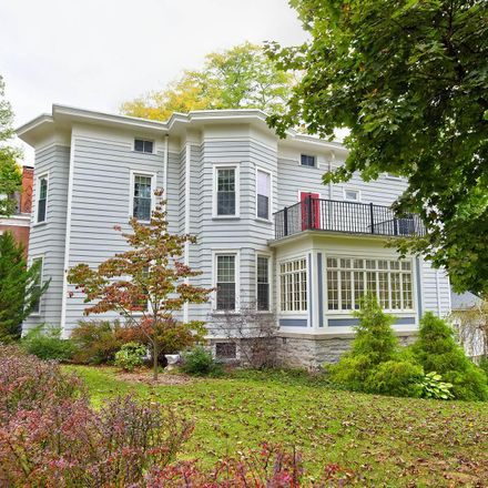 Rent this 5 bed house on 122 Cliff Street in Canajoharie, NY 13317