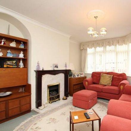 Rent this 3 bed house on Ridgeway Road Automobile Engineering Co. in Ridgeway Road, Bristol