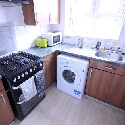 Rent this 4 bed room on Bullen House in Collingwood Street, London E1 5AY