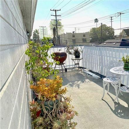 Rent this 2 bed condo on 515 East Cypress Way in Long Beach, CA 90813