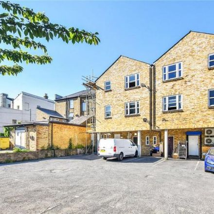 Rent this 1 bed apartment on Chattertons in Bexley High Street, London