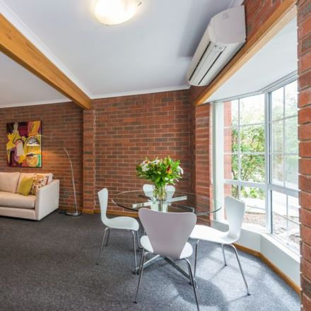 Rent this 2 bed apartment on 8/4 Quayle Street