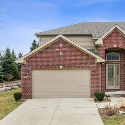Rent this 4 bed condo on 970 Grand Vista Court in Troy, MI 48085