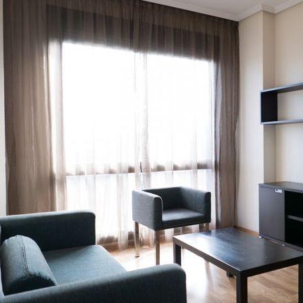 Rent this 2 bed apartment on Agencia Española de Medicamentos y Productos Sanitarios in Calle Zambrana, 28001 Madrid