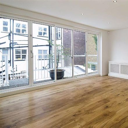 Rent this 5 bed house on The Hall School in Adamson Road, London NW3 4NU