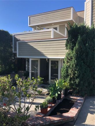 Rent this 4 bed duplex on 505 Narcissus Avenue in Newport Beach, CA 92625