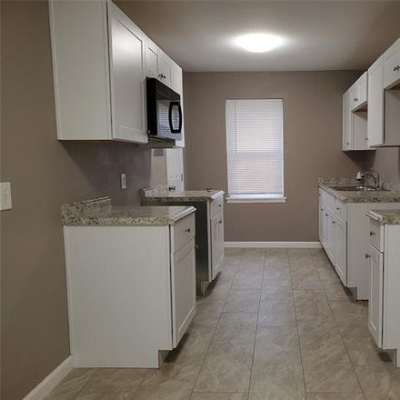 Rent this 1 bed duplex on 4622 Victor Street in Dallas, TX 75246