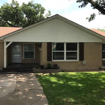 Rent this 3 bed house on 3705 Park Ridge Boulevard in Fort Worth, TX 76129