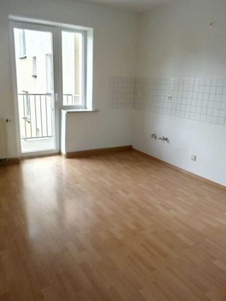 Rent this 2 bed apartment on Knielohstraße in 08527 Plauen, Germany