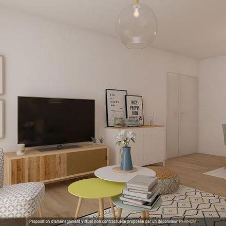 Rent this 5 bed apartment on 191 bis Rue de Javel in 75015 Paris, France