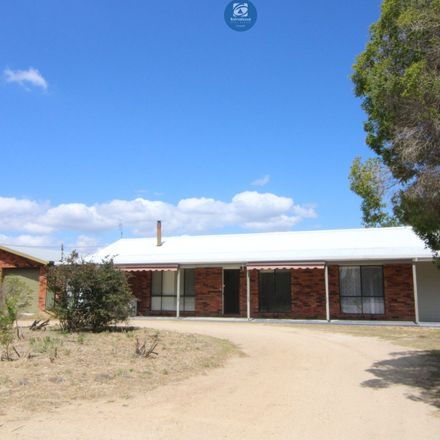 Rent this 4 bed apartment on 455 old bundarra road